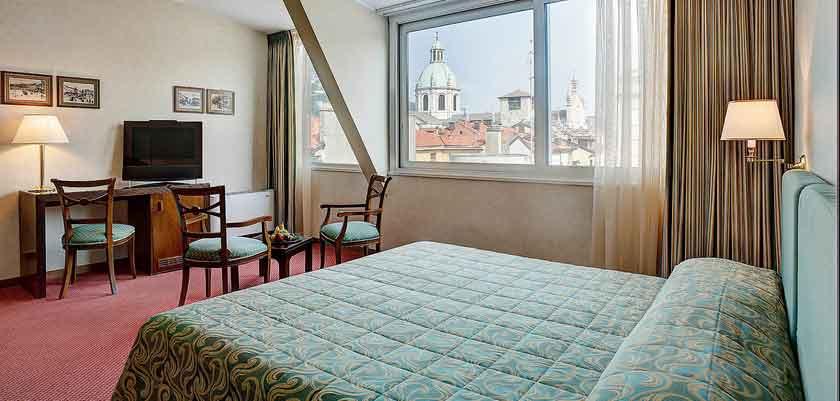 Hotel Barchetta, Como, Lake Como, Italy - Bedroom.jpg
